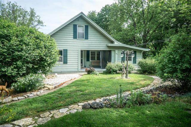 11418 E 16th Street S Street, Independence, MO 64052 (#2222209) :: The Shannon Lyon Group - ReeceNichols
