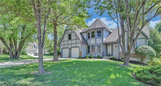 11601 Hauser Street, Overland Park, KS 66210 (#2222244) :: House of Couse Group