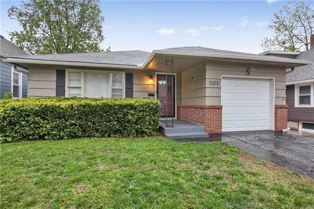 2123 W 47th Terrace, Westwood, KS 66205 (#2222364) :: Ron Henderson & Associates