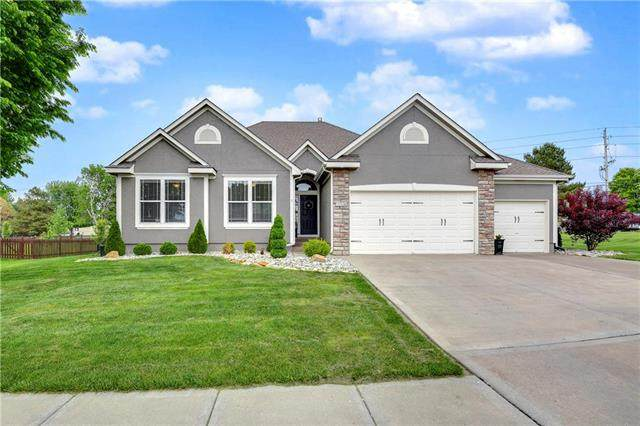 1204 Wiltshire Boulevard, Raymore, MO 64083 (#2222630) :: Ask Cathy Marketing Group, LLC