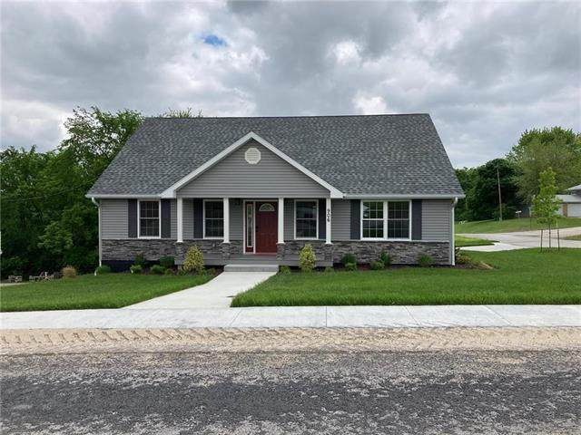 906 Summit Road, Knob Noster, MO 65336 (#2222711) :: House of Couse Group