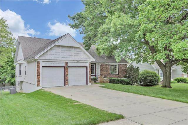 8641 Alden Street, Lenexa, KS 66215 (#2222729) :: House of Couse Group