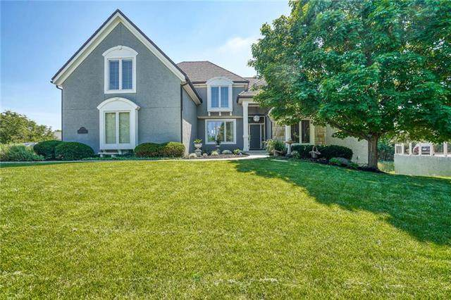 5501 W 148 Place, Overland Park, KS 66223 (#2222775) :: Five-Star Homes