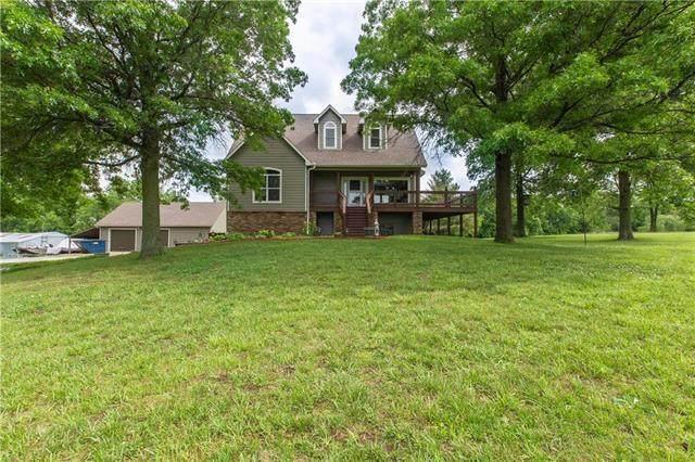 21820 W 220th Street, Spring Hill, KS 66083 (#2222845) :: Dani Beyer Real Estate