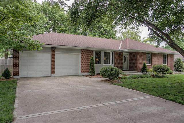 2308 NW 4th Street, Blue Springs, MO 64014 (#2222851) :: Ask Cathy Marketing Group, LLC