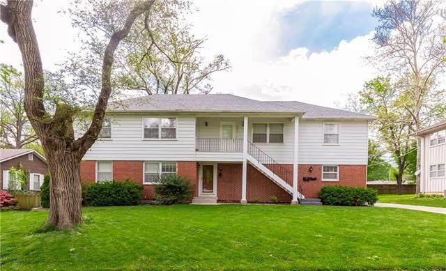 8434 Travis Lane, Overland Park, KS 66212 (#2222860) :: Dani Beyer Real Estate