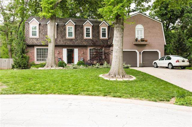 7910 Rosehill Road, Lenexa, KS 66215 (#2222922) :: House of Couse Group