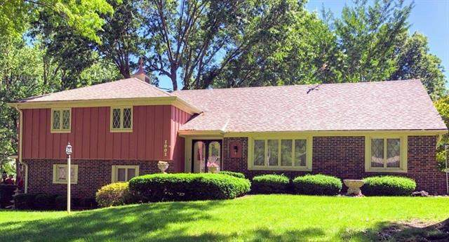 1001 Bird Avenue, Harrisonville, MO 64701 (#2222974) :: House of Couse Group