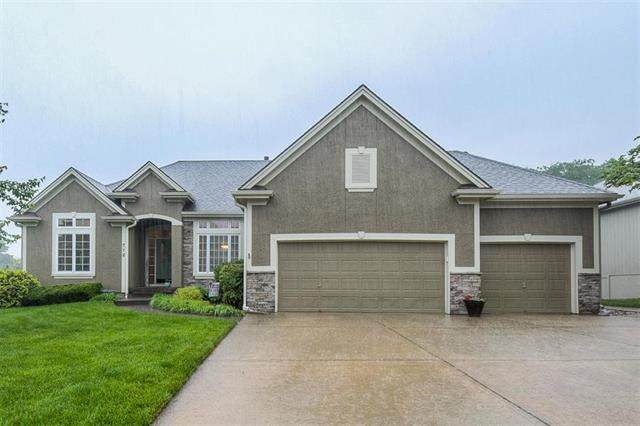 712 NE Twin Brook Drive, Lee's Summit, MO 64086 (#2222989) :: Ask Cathy Marketing Group, LLC