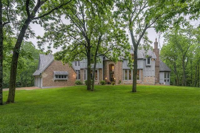 31460 W 135th Street, Olathe, KS 66061 (#2222997) :: Audra Heller and Associates