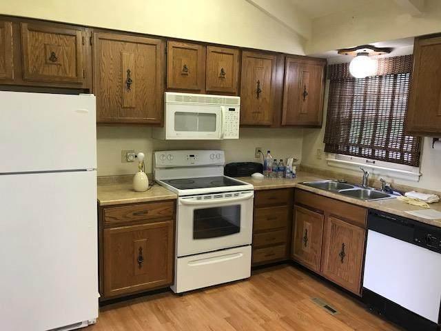 6306 N Prospect Avenue, Gladstone, MO 64119 (#2223045) :: Ron Henderson & Associates