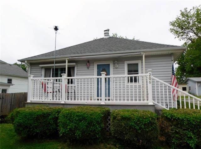 206 W Virginia Street, Highland, KS 66035 (#2223051) :: House of Couse Group