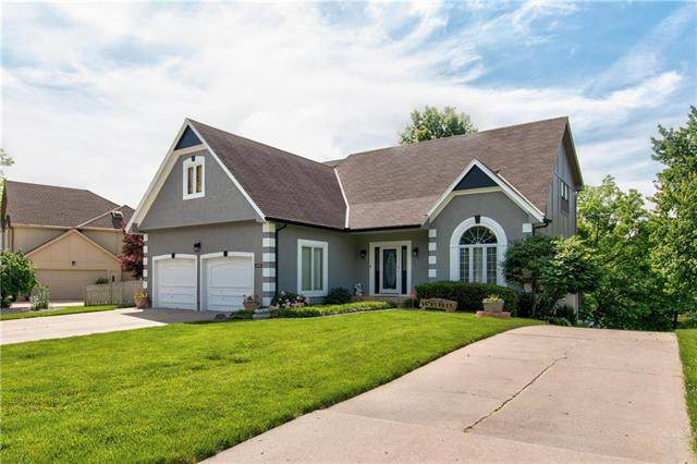 4908 S Tierney Drive, Independence, MO 64055 (#2223055) :: Edie Waters Network