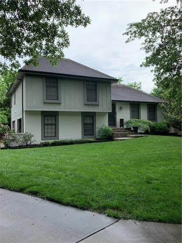 10528 Cherokee Lane, Leawood, KS 66206 (#2223057) :: Ask Cathy Marketing Group, LLC
