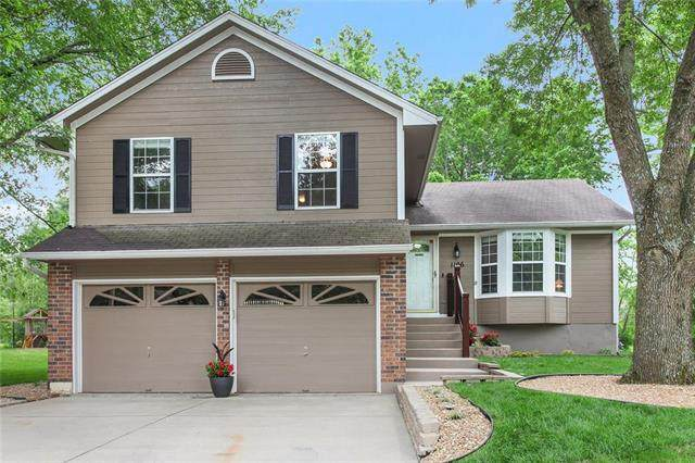 1106 SW Eastman Court, Blue Springs, MO 64015 (#2223073) :: Ask Cathy Marketing Group, LLC