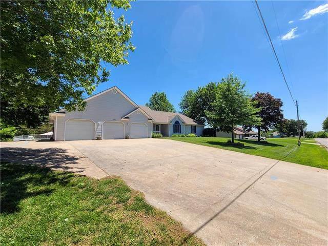 3409 Chris Hessler Road, St Joseph, MO 64505 (#2223102) :: Edie Waters Network