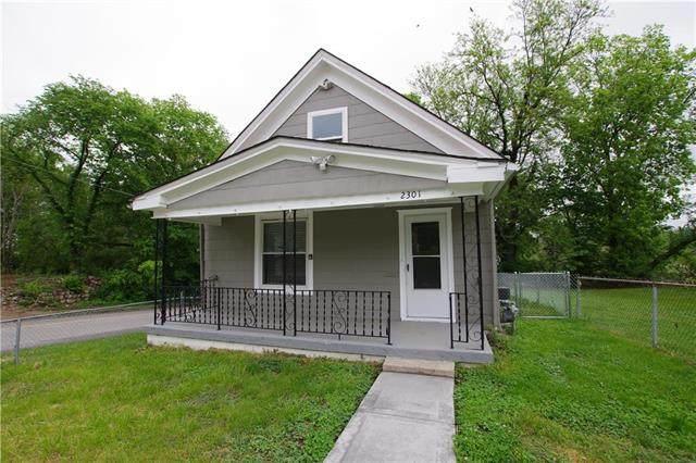 2301 College Avenue, Kansas City, MO 64127 (#2223217) :: Team Real Estate