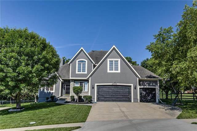 12000 Grand Avenue, Kansas City, MO 64145 (#2223264) :: Ron Henderson & Associates