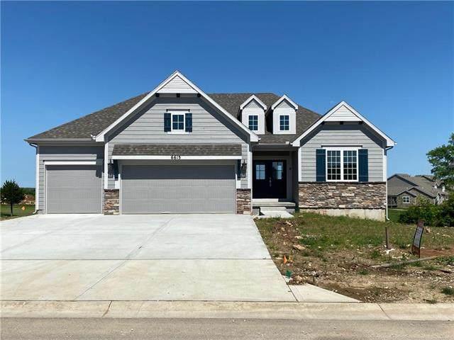 6615 Mccormick Drive, Shawnee, KS 66226 (#2223265) :: The Shannon Lyon Group - ReeceNichols
