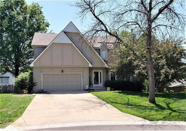6408 Payne Street, Shawnee, KS 66226 (#2223271) :: The Shannon Lyon Group - ReeceNichols