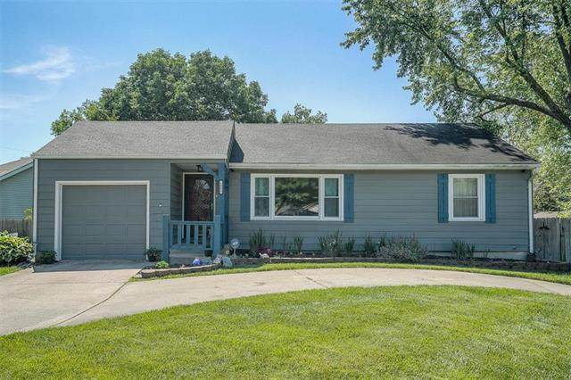 1815 SW 1ST Street, Lee's Summit, MO 64081 (#2223283) :: Ron Henderson & Associates