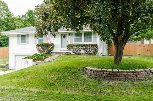 333 Lincoln Drive, Gower, MO 64454 (#2223325) :: Edie Waters Network