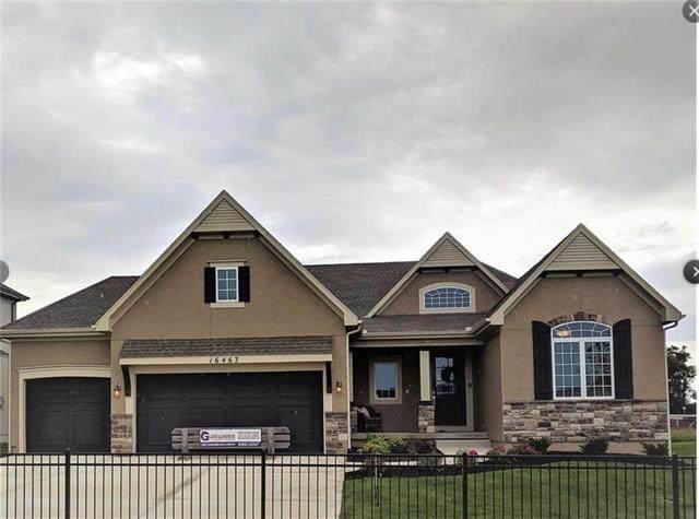 6626 Mccormick Drive, Shawnee, KS 66226 (#2223399) :: Kedish Realty Group at Keller Williams Realty