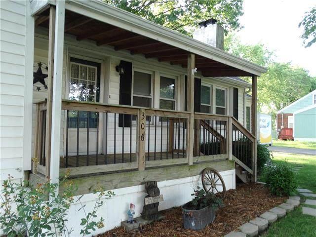 306 Colbern Street, Belton, MO 64012 (#2223467) :: Ron Henderson & Associates