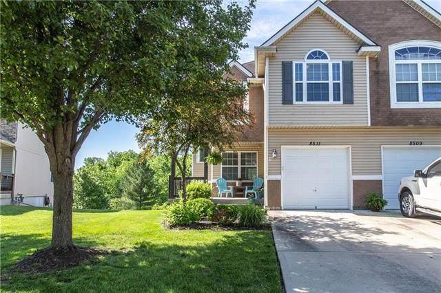 8511 N Woodland Court, Kansas City, MO 64155 (#2223502) :: Dani Beyer Real Estate