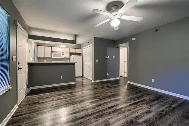 6964 N Olive Street, Gladstone, MO 64118 (#2223545) :: Ron Henderson & Associates