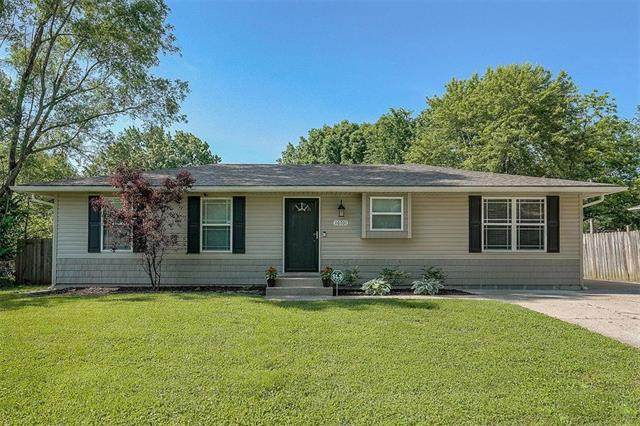 16701 E 3rd Terrace, Independence, MO 64056 (#2223551) :: Edie Waters Network