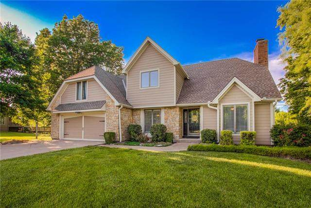 3100 Twin Pines Drive, Harrisonville, MO 64701 (#2223607) :: House of Couse Group