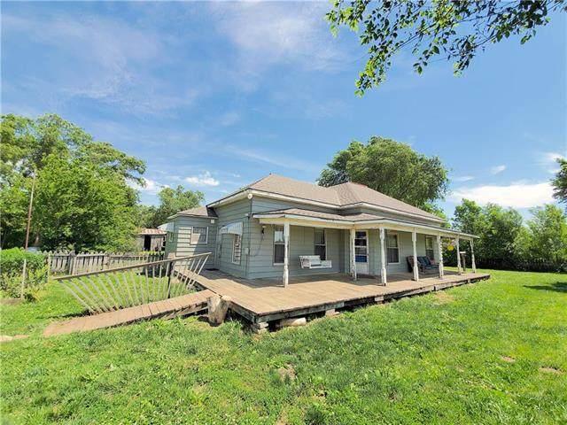 31765 SE 800 Road, Kincaid, KS 66039 (#2223644) :: Audra Heller and Associates