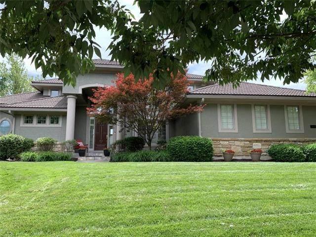 13845 Horton Drive, Overland Park, KS 66223 (#2223684) :: Dani Beyer Real Estate