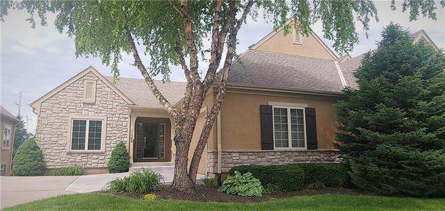 11548 S Deer Run Street, Olathe, KS 66061 (#2223686) :: Ron Henderson & Associates