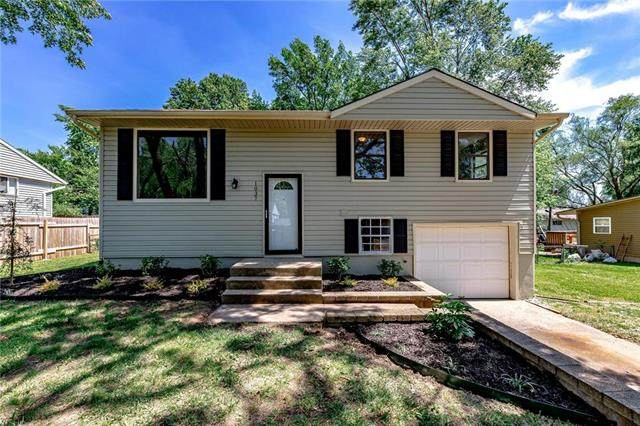 1037 Lindenwood Lane, Liberty, MO 64068 (#2223733) :: Ron Henderson & Associates