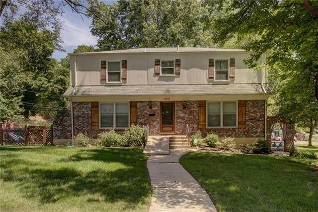13223 Park Lane, Grandview, MO 64030 (#2223759) :: Ron Henderson & Associates