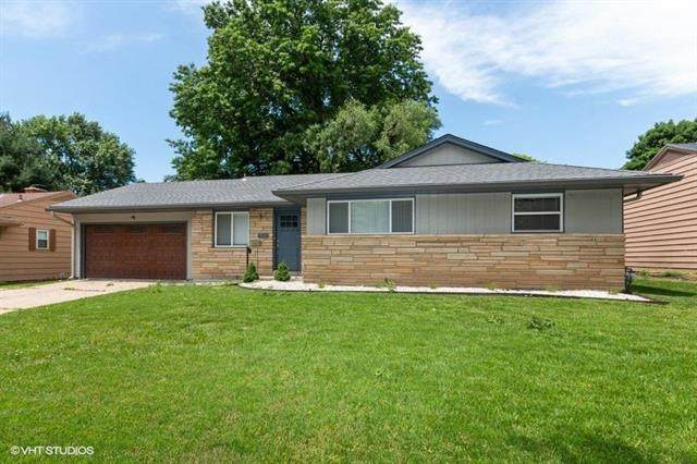 7836 Ward Parkway, Kansas City, MO 64114 (#2223795) :: Ron Henderson & Associates