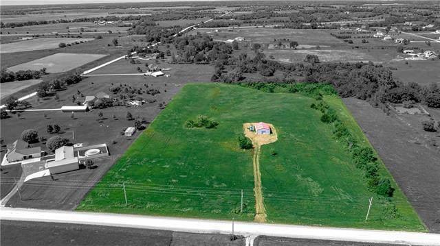 2129 Rock Creek Road, Ottawa, KS 66067 (MLS #2223829) :: Stone & Story Real Estate Group