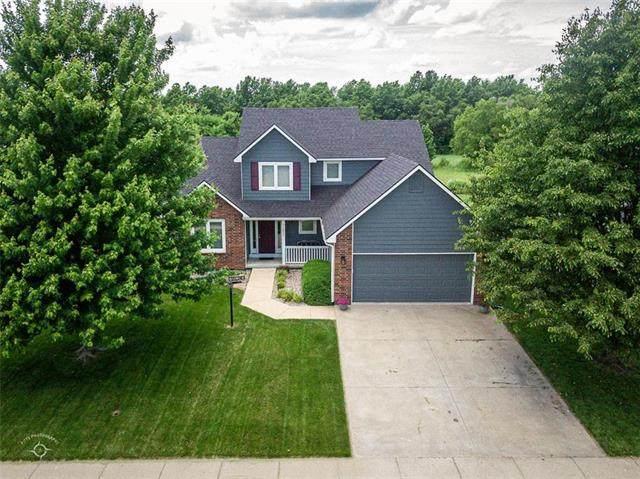 1802 S Osage Drive, Ottawa, KS 66067 (#2223833) :: NestWork Homes