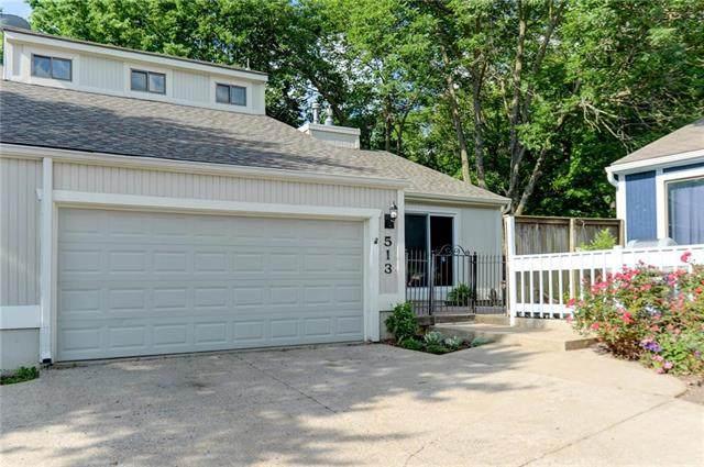 513 NW Valleybrook Road, Blue Springs, MO 64014 (#2224032) :: Ron Henderson & Associates