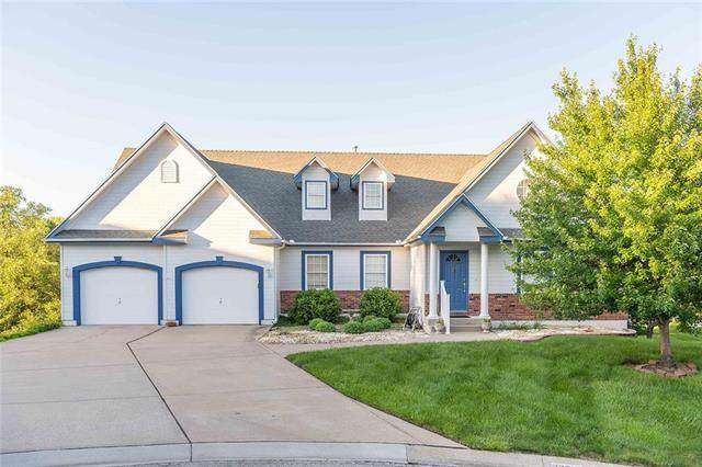 22712 E 27th Terrace Court, Blue Springs, MO 64015 (#2224038) :: Five-Star Homes