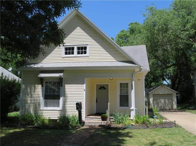 406 E Chippewa Street, Paola, KS 66071 (#2224144) :: House of Couse Group