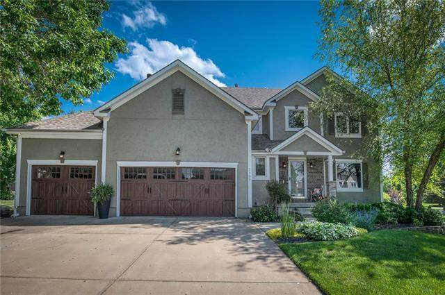 2905 SW 10th Terrace, Lee's Summit, MO 64081 (#2224163) :: Five-Star Homes