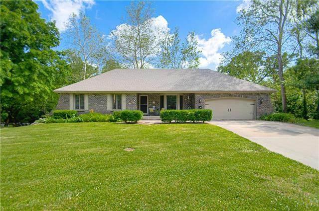 1203 Oakvale Drive, Harrisonville, MO 64701 (#2224211) :: House of Couse Group