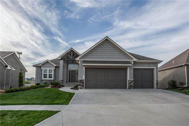 10507 W 132nd Court, Overland Park, KS 66213 (#2224224) :: House of Couse Group
