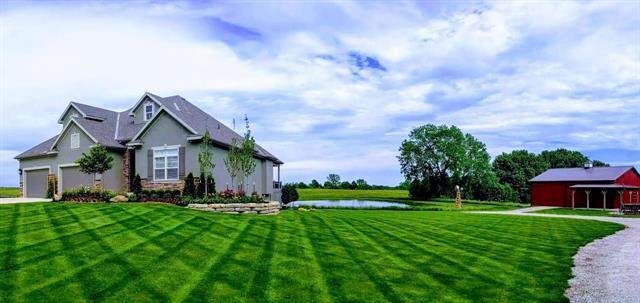 24935 Mission Belleview Road, Louisburg, KS 66053 (#2224259) :: House of Couse Group