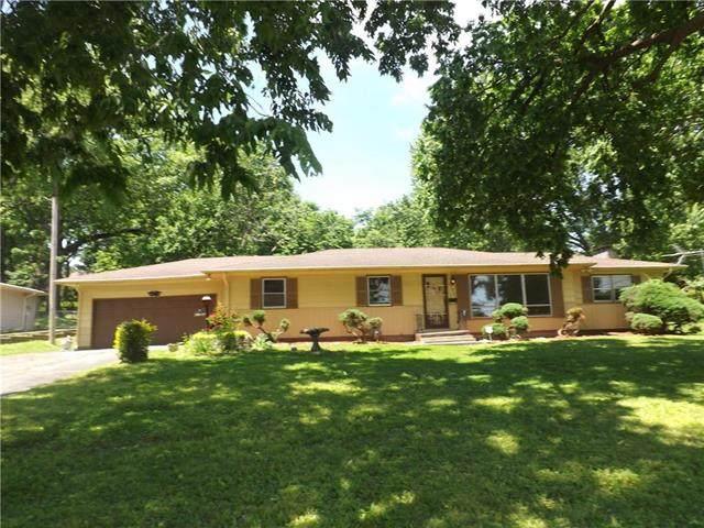 2120 S 28th Street, St Joseph, MO 64503 (#2224279) :: Team Real Estate