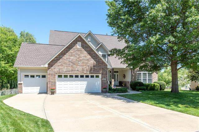 1611 NE Craigievar Drive, Blue Springs, MO 64014 (#2224315) :: Team Real Estate