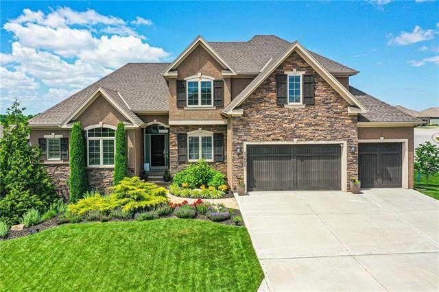 17021 Hauser Street, Overland Park, KS 66221 (#2224318) :: Dani Beyer Real Estate